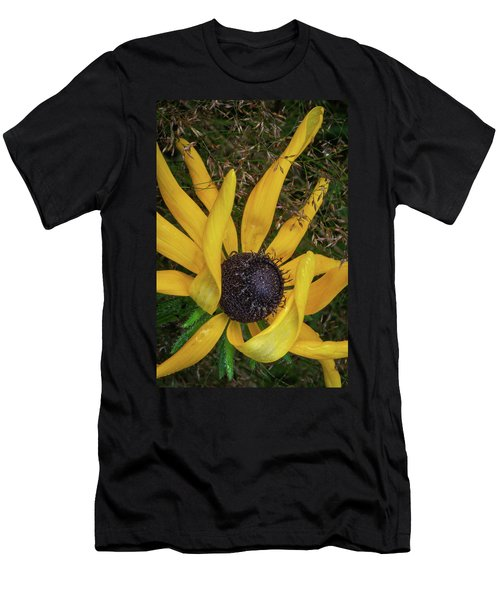Men's T-Shirt (Athletic Fit) featuring the photograph Extraordinary by Dale Kincaid