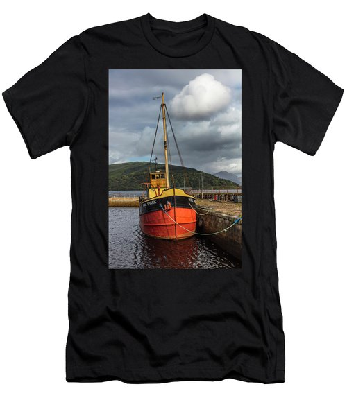 Fishing Boat On The Coast Of Scotland Men's T-Shirt (Athletic Fit)