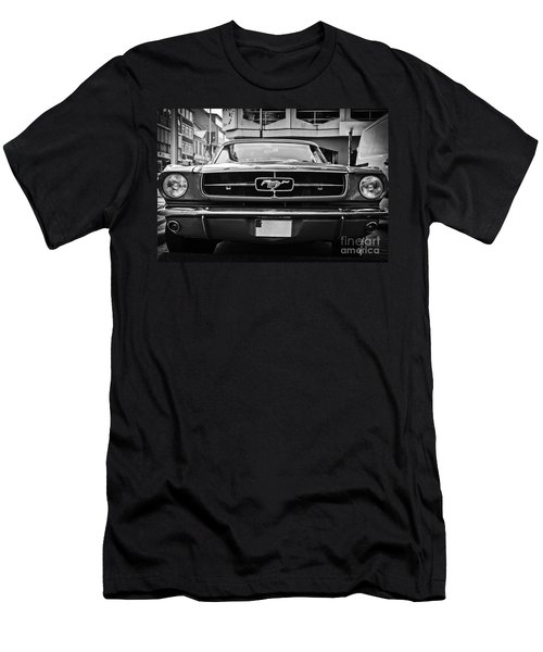 Ford Mustang Vintage 1 Men's T-Shirt (Athletic Fit)