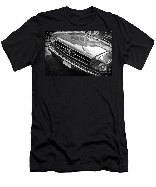 Ford Mustang Vintage 2 Men's T-Shirt (Athletic Fit)