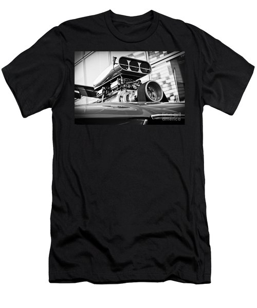 Ford Mustang Vintage Motor Engine Men's T-Shirt (Athletic Fit)