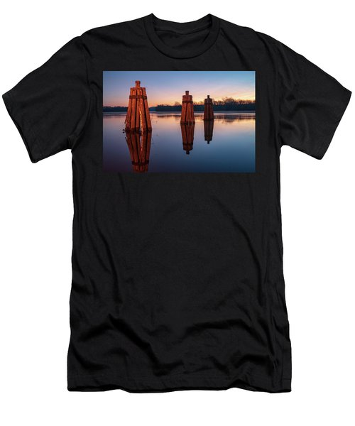 Group Of Three Docking Piles On Connecticut River Men's T-Shirt (Athletic Fit)