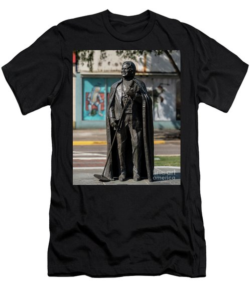 James Brown Statue - Augusta Ga 2 Men's T-Shirt (Athletic Fit)