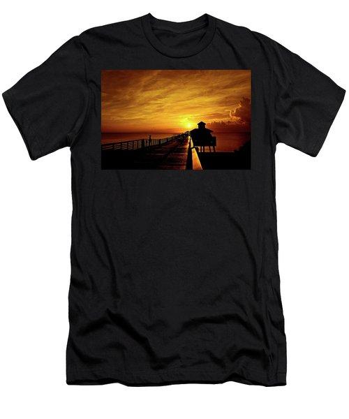 Juno Pier 4 Men's T-Shirt (Athletic Fit)