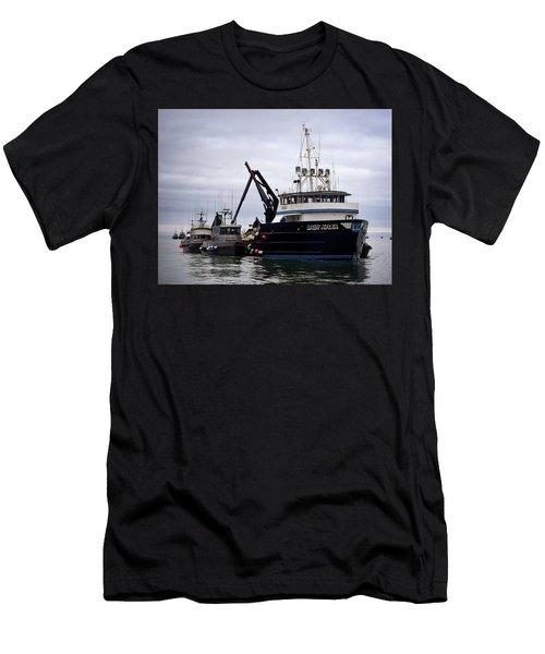 Lady Kiska Men's T-Shirt (Athletic Fit)