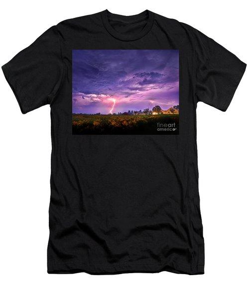 Lighting Maine Farm Men's T-Shirt (Athletic Fit)