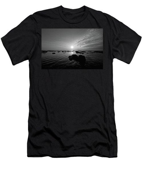 Low Tide 2 Men's T-Shirt (Athletic Fit)