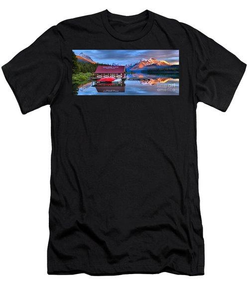 Maligne Lake Sunset Spectacular Men's T-Shirt (Athletic Fit)