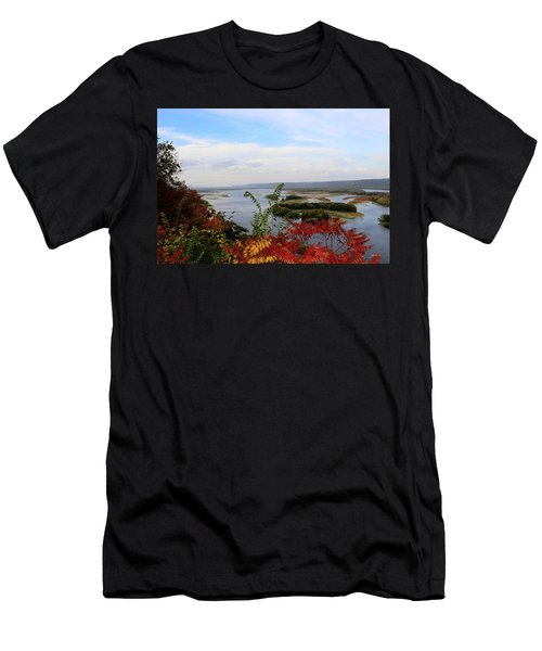 Mississippi River In The Fall Men's T-Shirt (Athletic Fit)