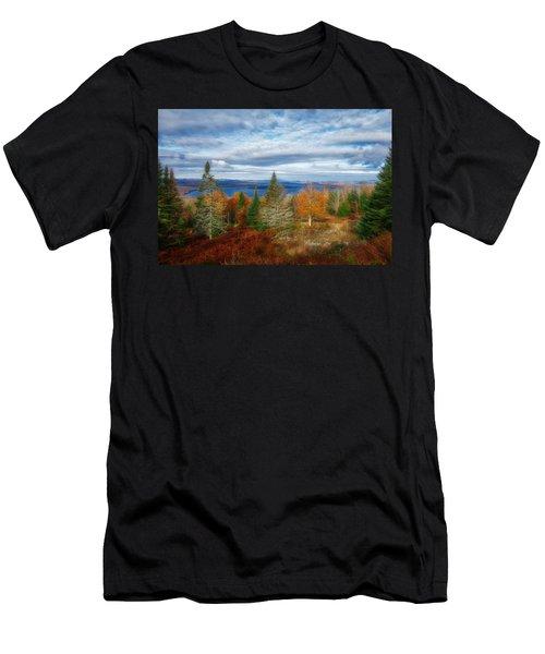 Mooselookmeguntic Lake Fall Colors Men's T-Shirt (Athletic Fit)