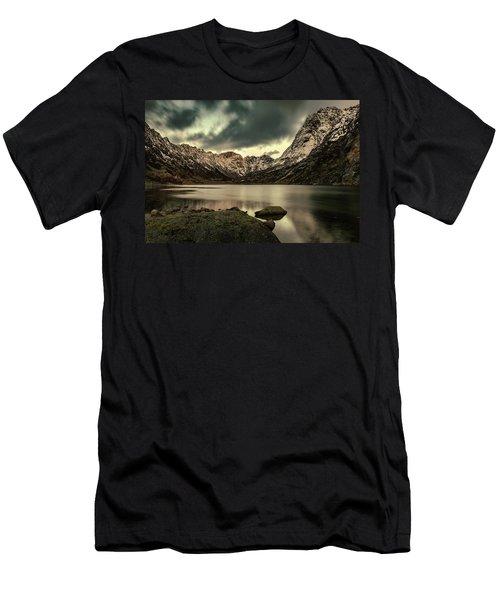 Mountain Lake Men's T-Shirt (Athletic Fit)