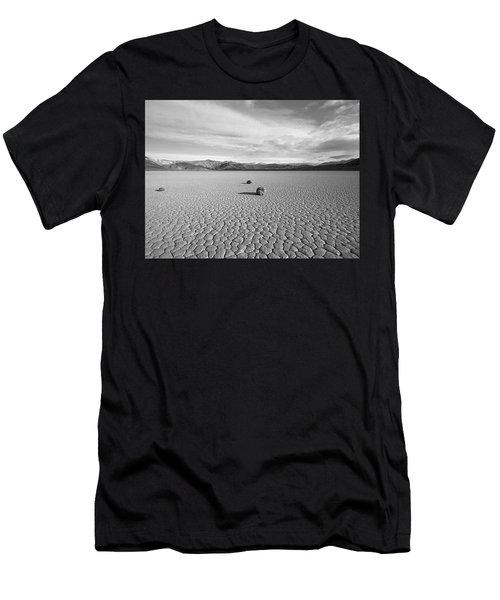 Nosotros Tres Men's T-Shirt (Athletic Fit)