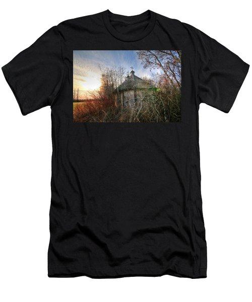 Old Calder Church Men's T-Shirt (Athletic Fit)