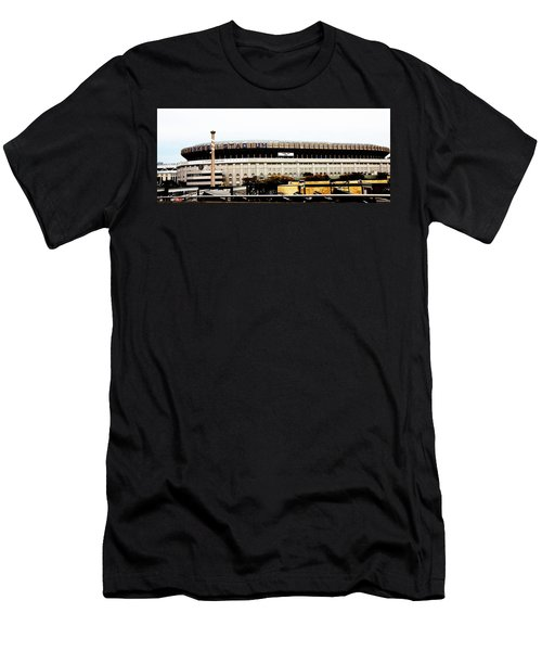 Old Yankee Stadium Men's T-Shirt (Athletic Fit)