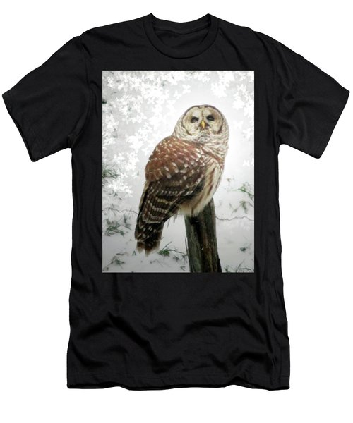 On This Snowy Day The Barred Owl Perches Men's T-Shirt (Athletic Fit)