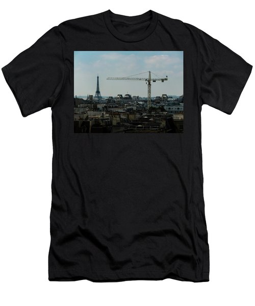 Paris Towers Men's T-Shirt (Athletic Fit)