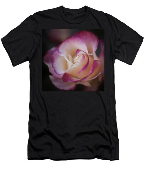 Pink Kiss By Tl Wilson Photography  Men's T-Shirt (Athletic Fit)