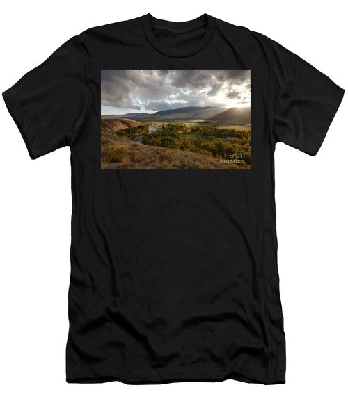 Salmon Valley Sun Men's T-Shirt (Athletic Fit)