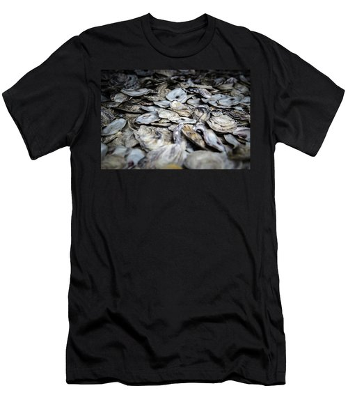 Seashells Men's T-Shirt (Athletic Fit)
