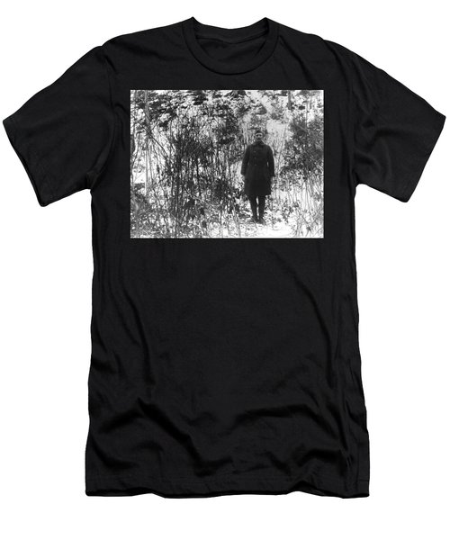 Sergeant York In The Argonne Forest - 1919 Men's T-Shirt (Athletic Fit)