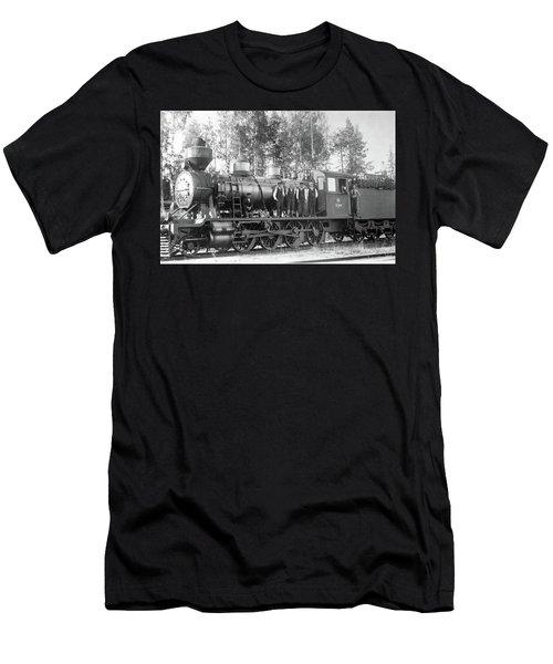 Steam Engine Locomotive 594 Finland Men's T-Shirt (Athletic Fit)