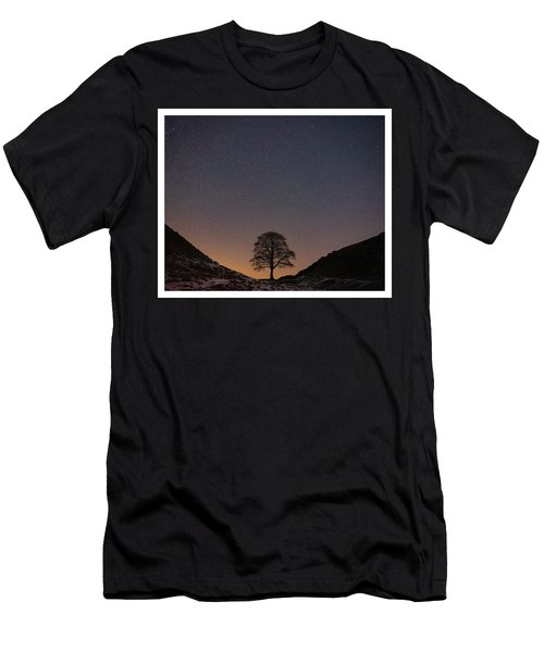 Sycamore Gap  Men's T-Shirt (Athletic Fit)