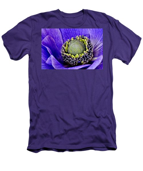 Anemone Heart Men's T-Shirt (Athletic Fit)