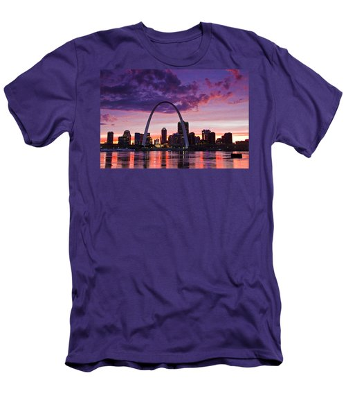 St Louis Sunset Men's T-Shirt (Athletic Fit)