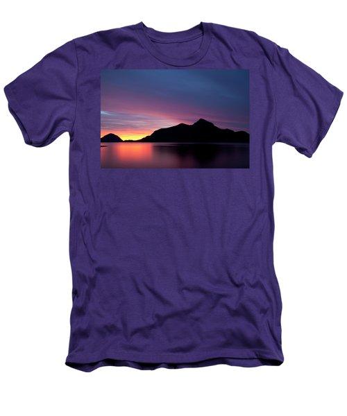 1.1.11  Men's T-Shirt (Athletic Fit)