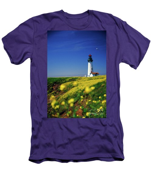 Yaquina Head Lighthouse- V2 Men's T-Shirt (Athletic Fit)