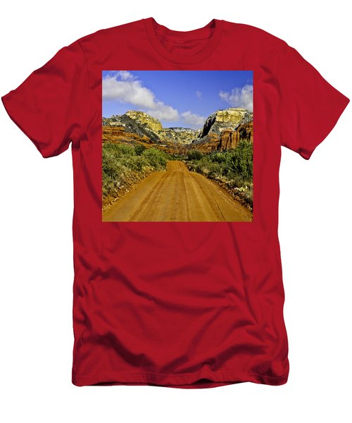 The Red Rock-secret Mountain Wilderness Men's T-Shirt (Athletic Fit)