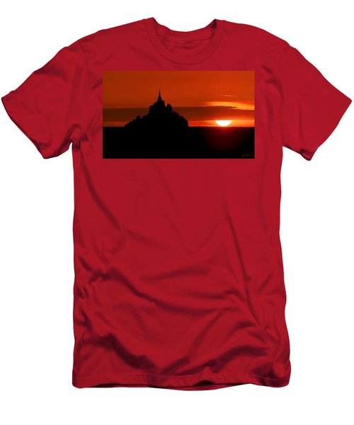 Mont St Michel Sunset Men's T-Shirt (Athletic Fit)