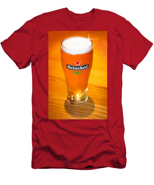 A Cold Refreshing Pint Of Heineken Lager Men's T-Shirt (Athletic Fit)