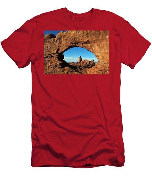 Arches National Park 61 Men's T-Shirt (Athletic Fit)
