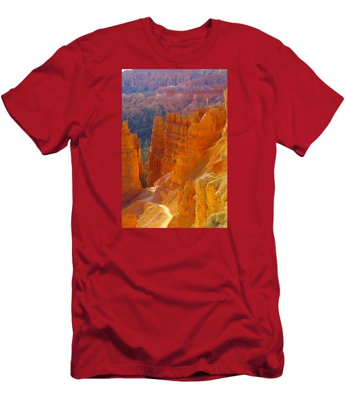climbing out of the Canyon Men's T-Shirt (Slim Fit) by Jeff Swan