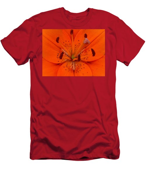Daylily Heart Men's T-Shirt (Athletic Fit)