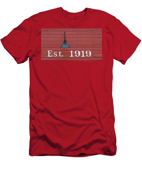Est 1919 Men's T-Shirt (Athletic Fit)