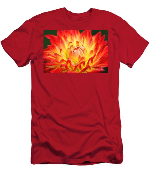 Img 0023 Flor En Rojo Detalle Men's T-Shirt (Athletic Fit)
