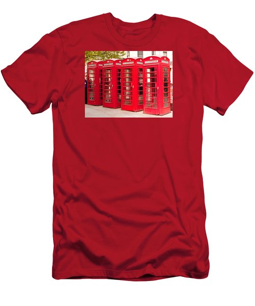 London's Red Phone Boxes Men's T-Shirt (Athletic Fit)