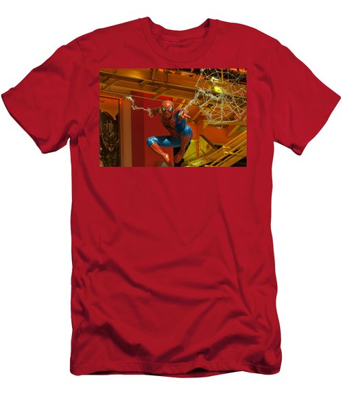 Spider Man Men's T-Shirt (Athletic Fit)