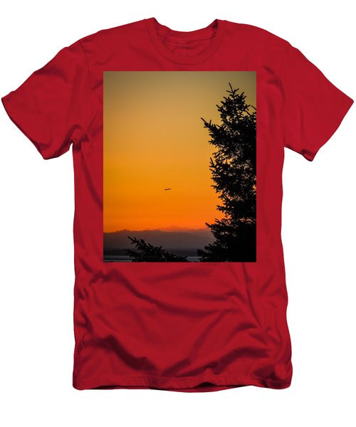 Sunrise Flight Departing Shannon Airport Men's T-Shirt (Athletic Fit)