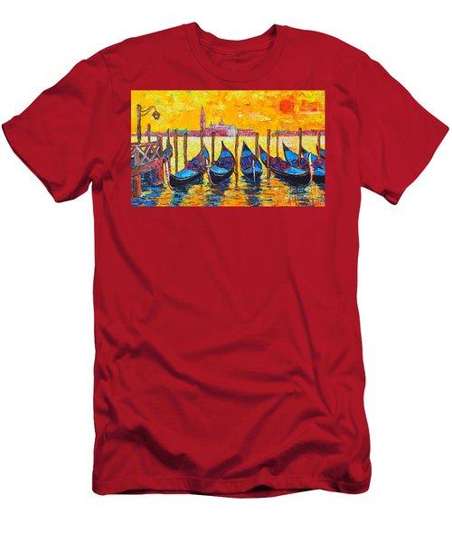 Sunrise In Venice Italy Gondolas And San Giorgio Maggiore Men's T-Shirt (Athletic Fit)
