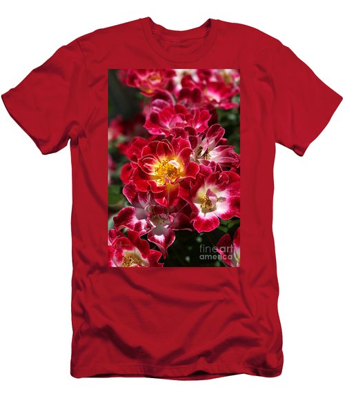 The Beauty Of Carpet Roses  Men's T-Shirt (Athletic Fit)
