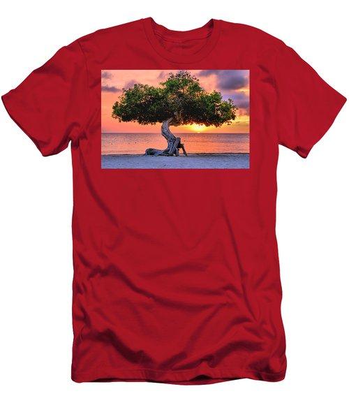 Watapana Tree - Aruba Men's T-Shirt (Athletic Fit)