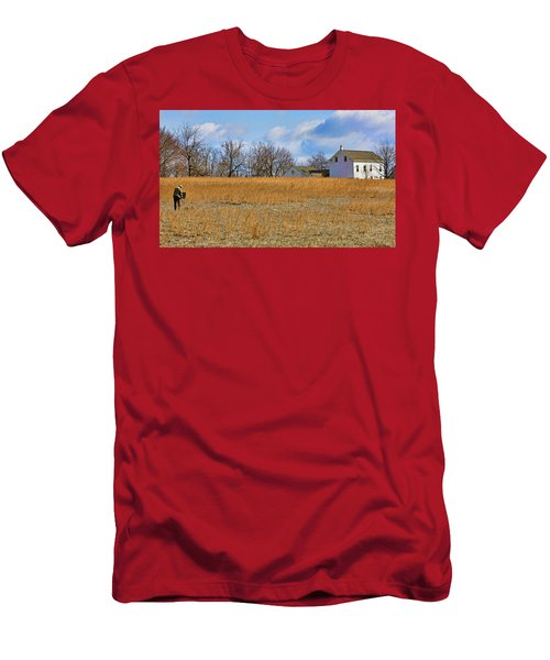 Artist In Field Men's T-Shirt (Athletic Fit)