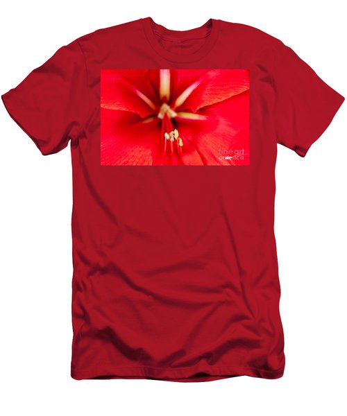 Men's T-Shirt (Slim Fit) featuring the photograph Red Amaryliss by Les Palenik