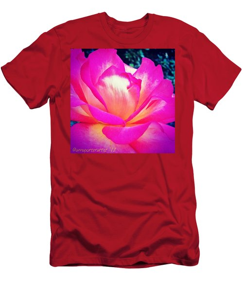 Lady Diana Rose Men's T-Shirt (Athletic Fit)