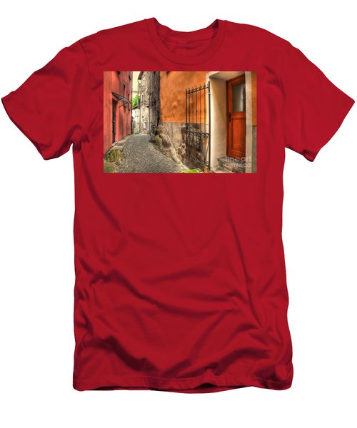 Old Colorful Rustic Alley Men's T-Shirt (Athletic Fit)