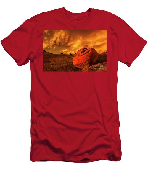 Red Rock Coulee Sunset 3 Men's T-Shirt (Athletic Fit)