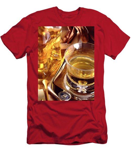 Apres Golf Men's T-Shirt (Athletic Fit)